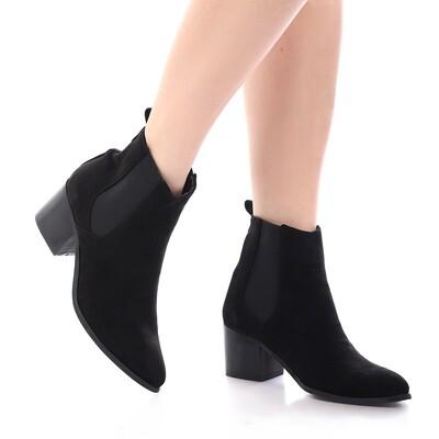 3901 Half Boot - Black SU