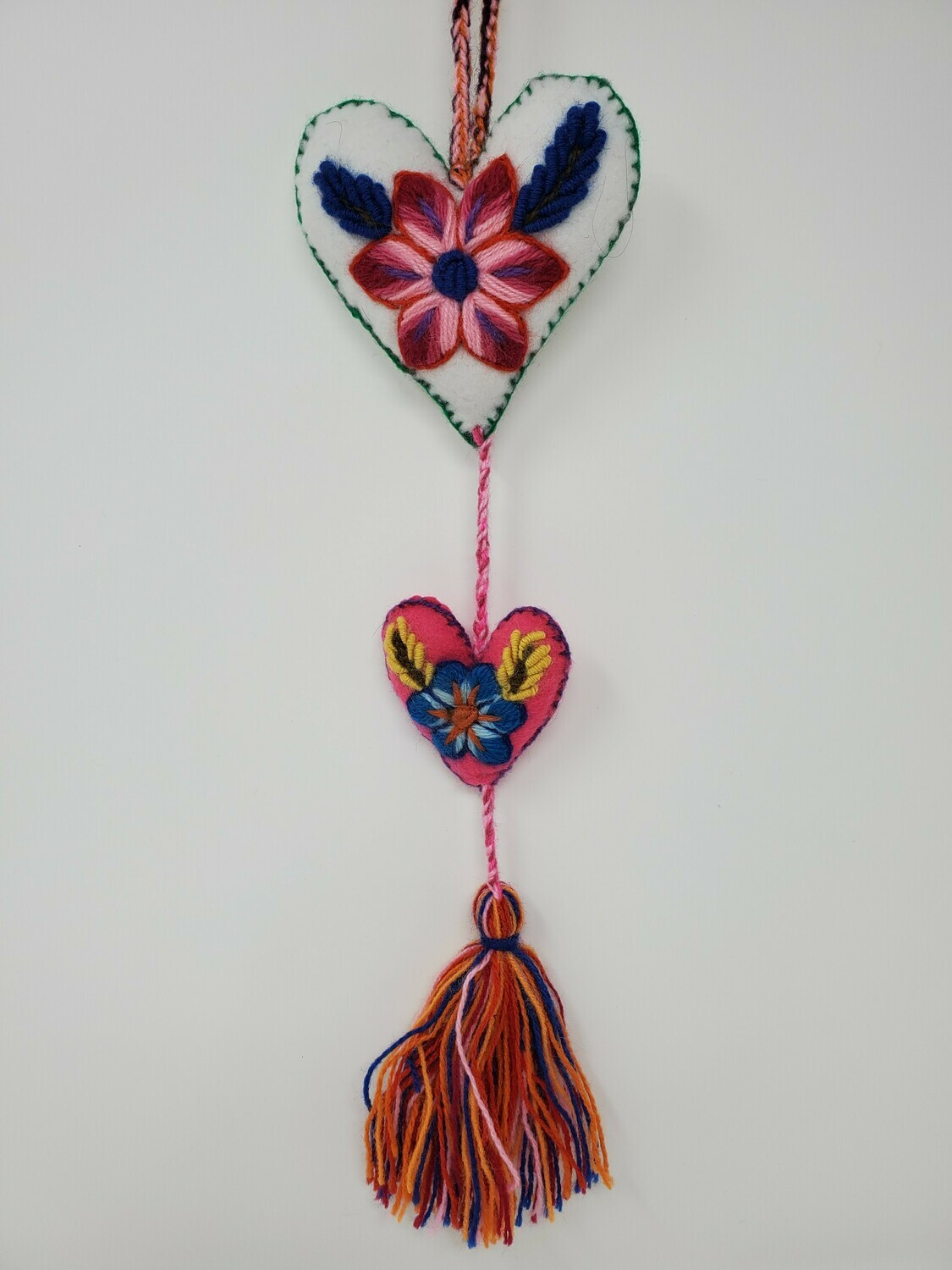 """Embroidered String Heart - White & Pink 19"""" L"""