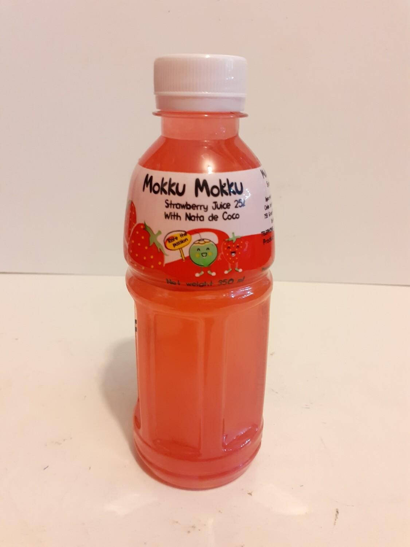 Strawberry Juice with Nata de Coco 350 ml