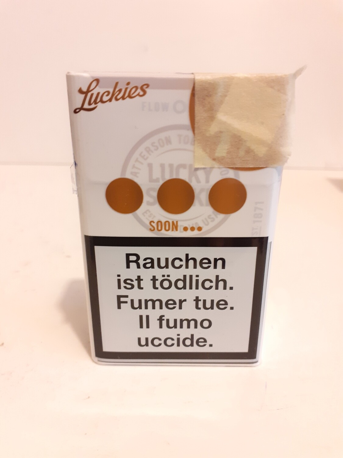 Cigarettes LUCKIES