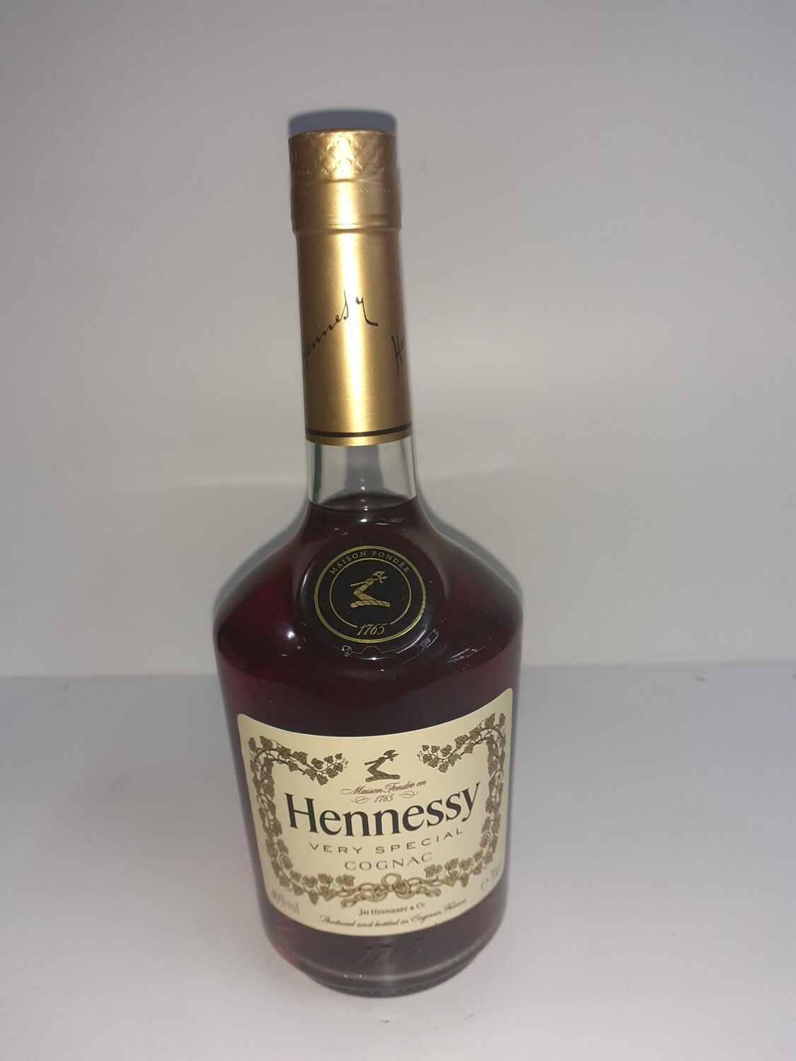 HENNESSY very special cognac