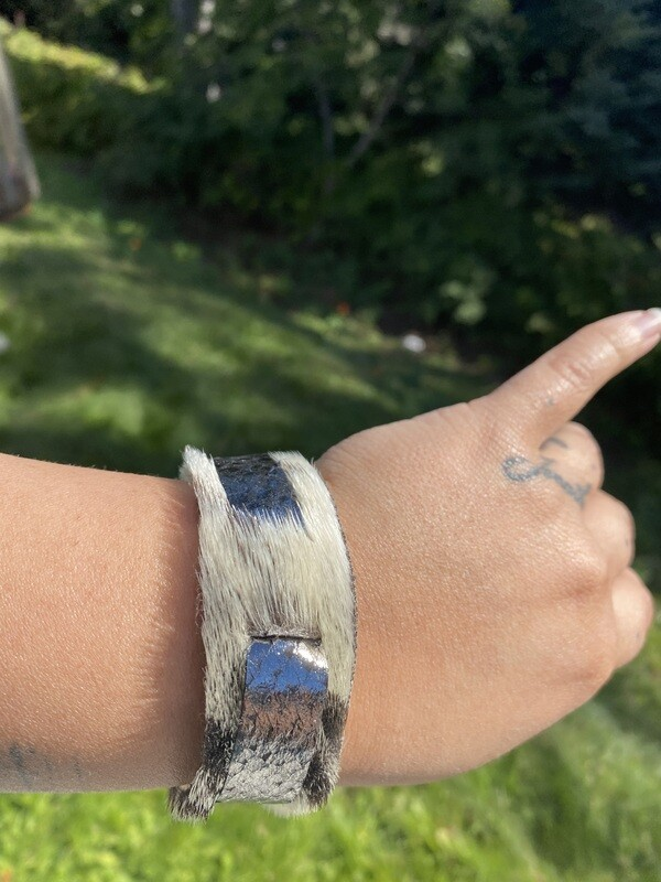 Medium, Seal skin and foil salmon skin bracelet