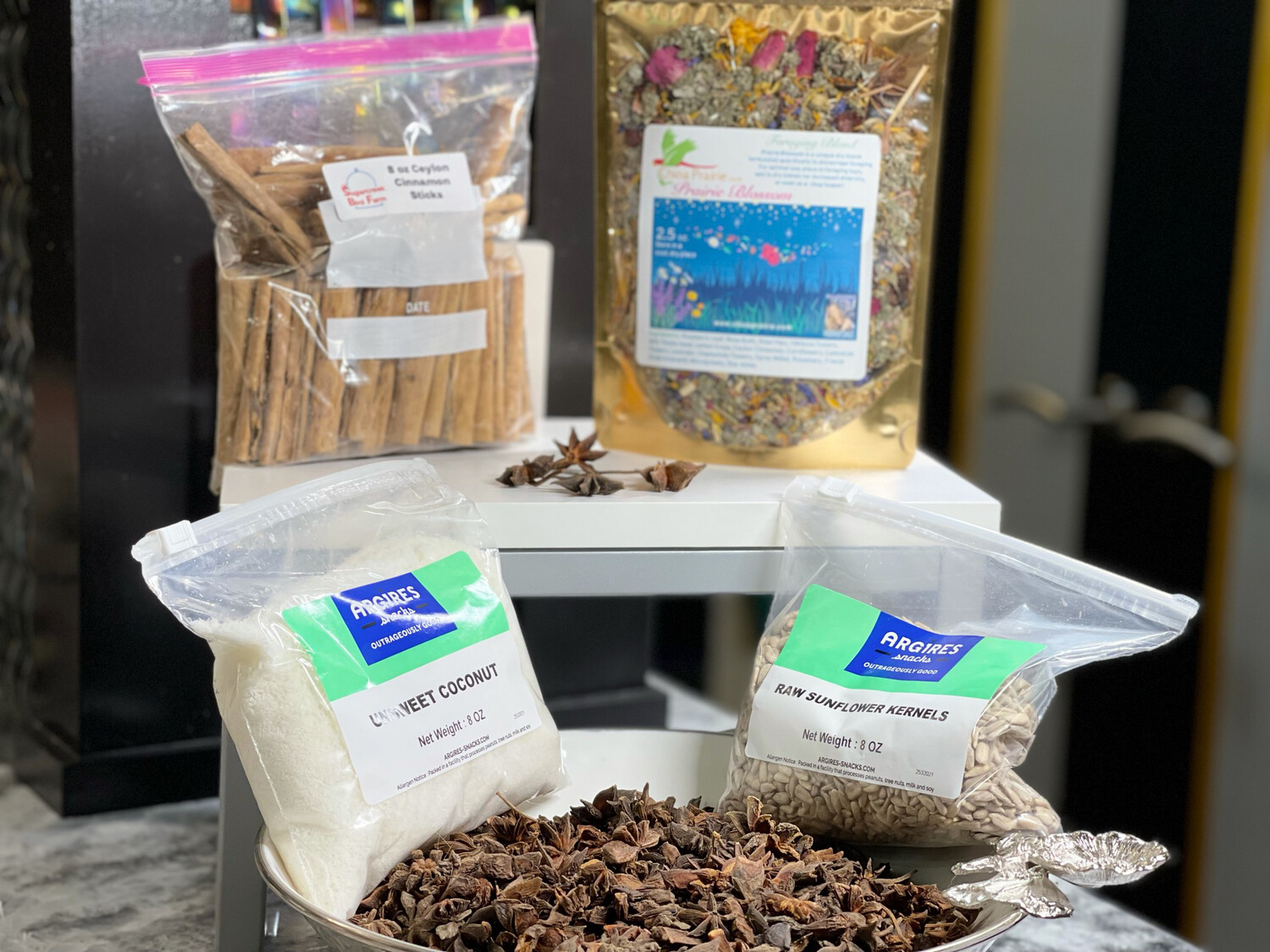Foraging and Dry Mix Fillers Pack - For all Size Birds