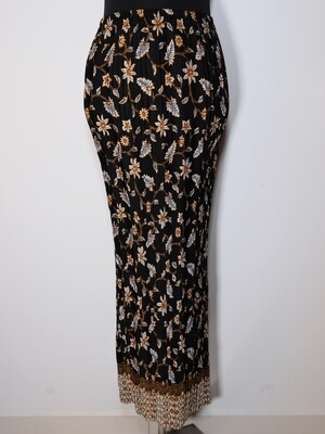 Pattern Long Skirt
