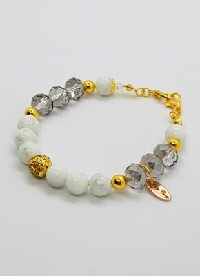 Dual Function Face Mask Extender & Bracelet (Eiko Pearl Beads)