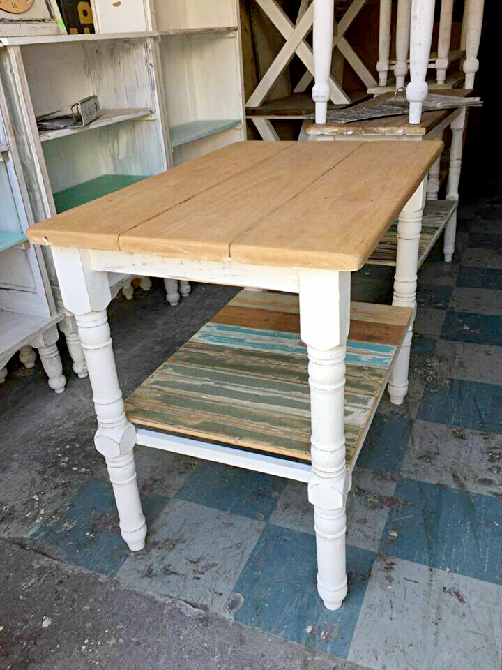 Kitchen work table with a shelf  - 1 meter length x 900 mm height