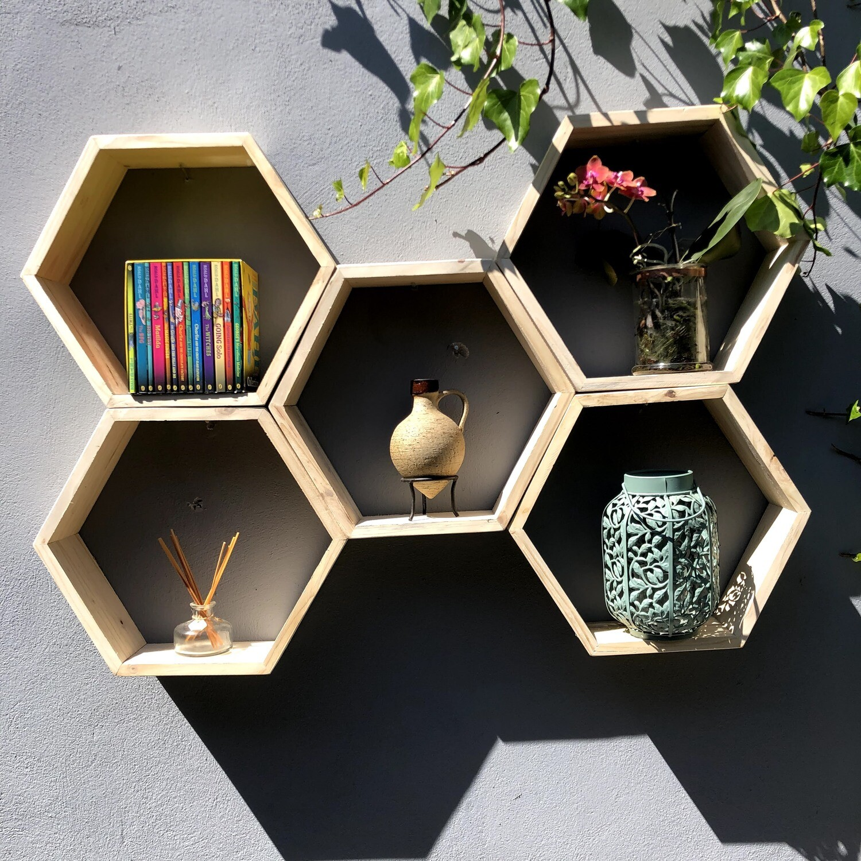 Hexagonal wooden set of 5