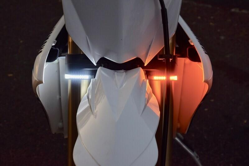 Shock Tube LED Running Lights/Turn Signal Strips