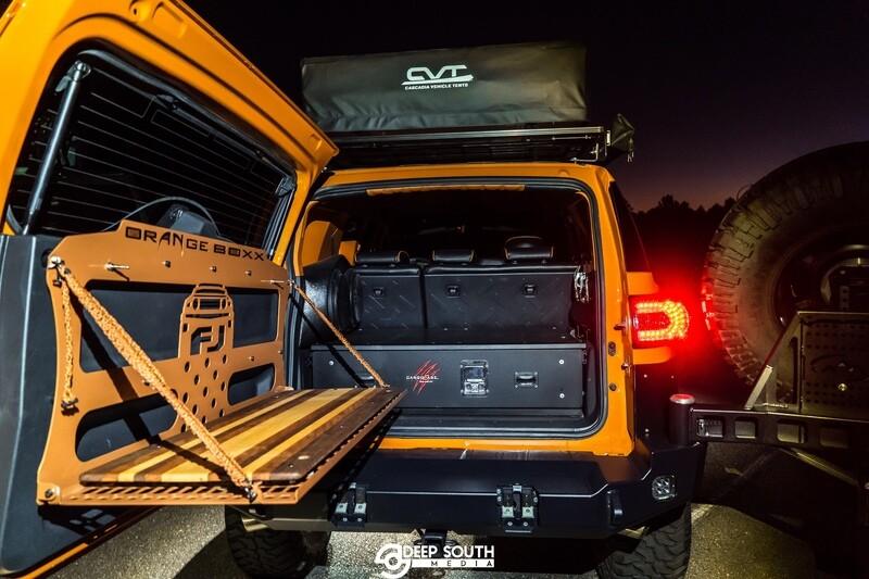 FJ-Full rear door fold down