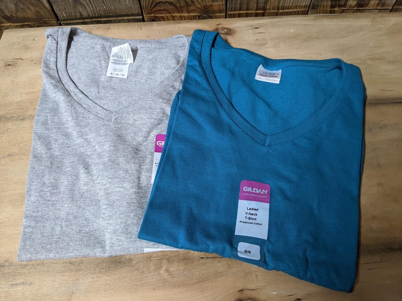Gildan V Neck T-Shirt
