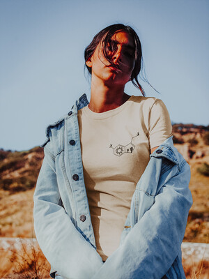 Desert-onin Embroidered Tee