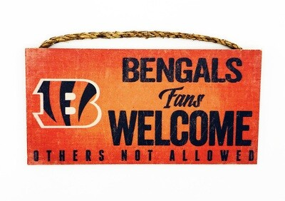 Cincinnati Bengals Fans Welcome NFL Distressed Wood and Twine Wall Art Sign