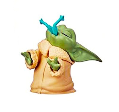 The Child with Frog Snack Star Wars The Mandalorian Baby Bounties The Bounty Collection Mini-Figure