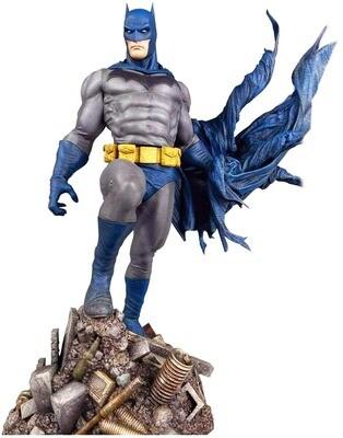 Batman Defiant DC Comic Diamond Select DC Gallery PVC Diorama Statue