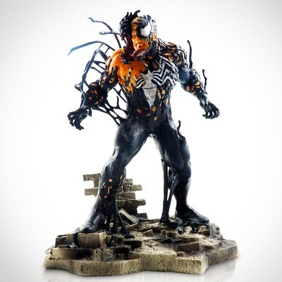 Venom Marvel Diamond Select Marvel Comic Gallery PVC Diorama Statue (PRE-ORDER)