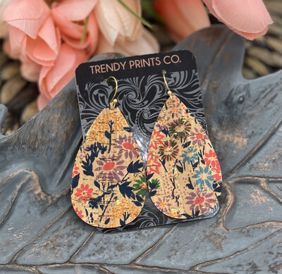VINTAGE FLORAL TEARDROP CORK/LEATHER EARRINGS