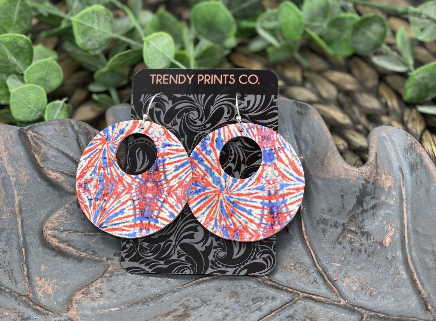 RED/BLUE TIE DYE CIRCLE CUT OUT CORK/LEATHER EARRINGS