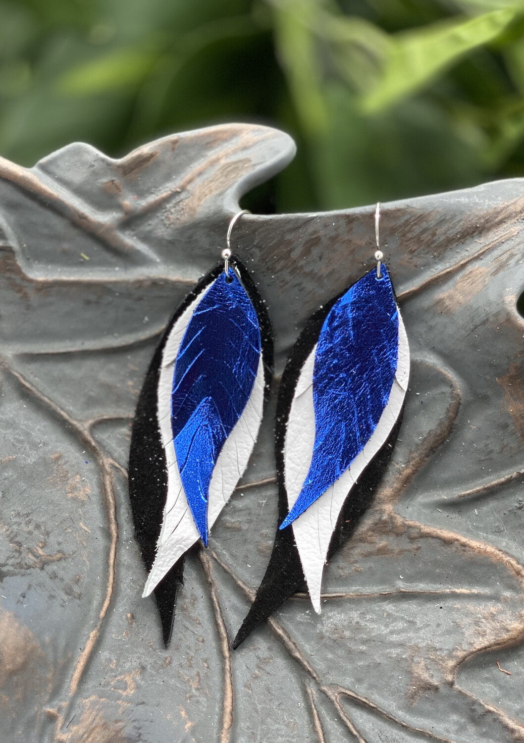 BLUE, WHITE AND BLACK FEATHER LEATHER EARRINGS