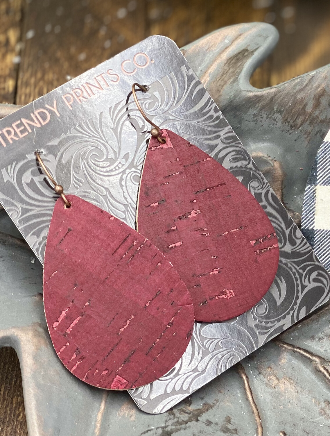 MAROON CORK/LEATHER TEARDROP EARRINGS