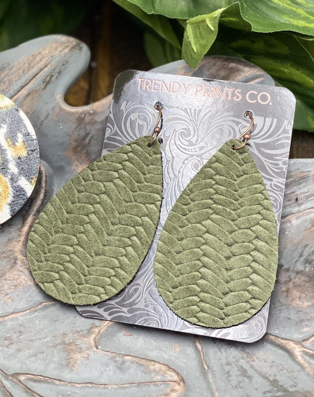 OLIVE GREEN BRAIDED LEATHER TEARDROP EARRINGS