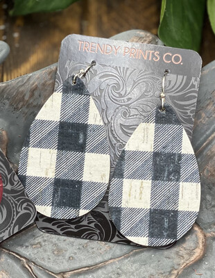 BLACK/WHITE BUFFALO CHECK CORK/LEATHER TEARDROP EARRINGS