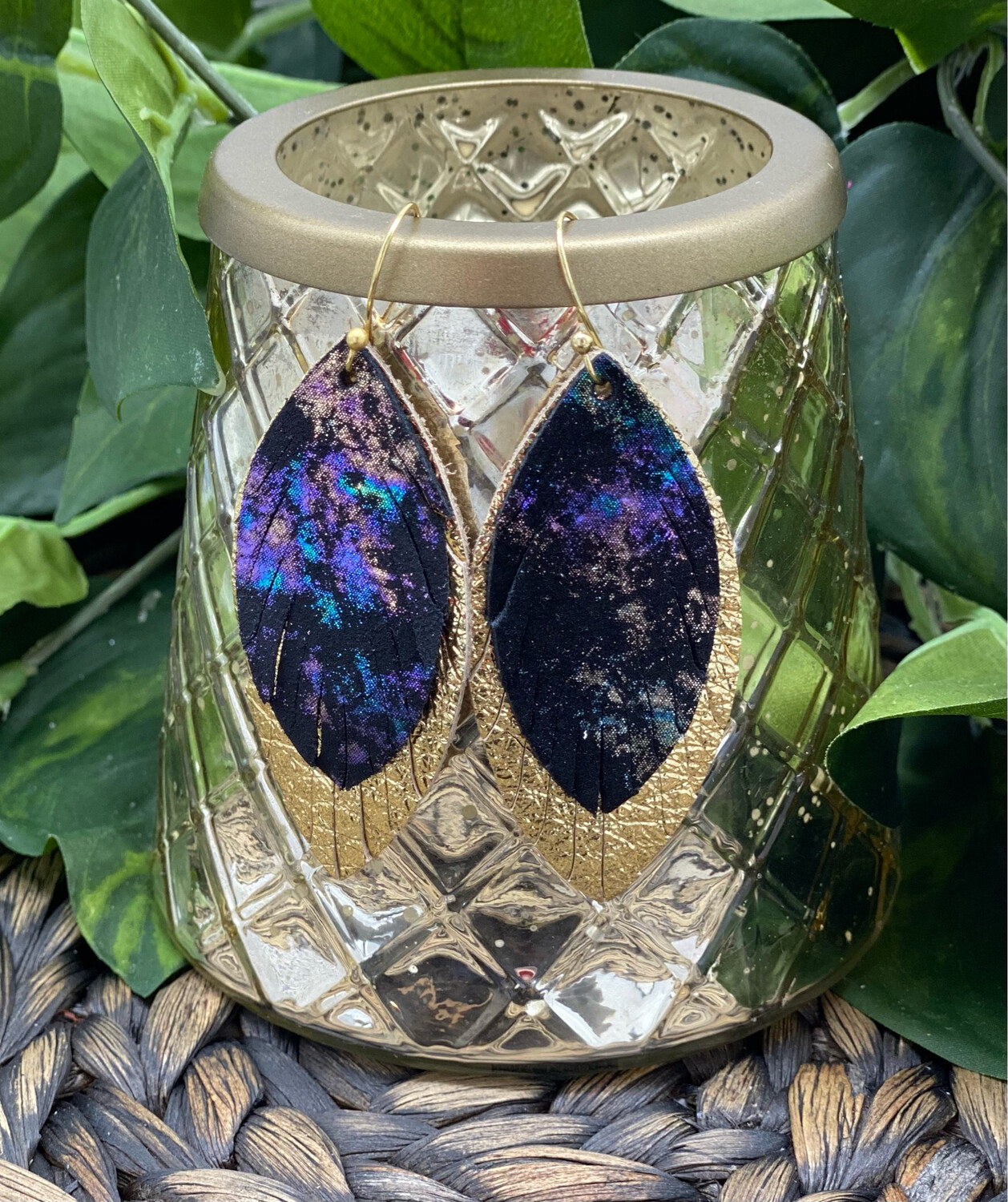 NORTHERN LIGHTS FEATHER LEATHER EARRINGS