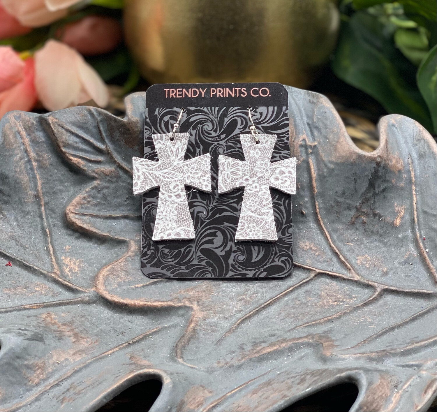 TAUPE LACE CROSS LEATHER EARRINGS
