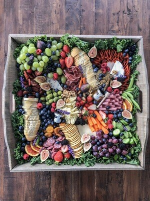 "GRAZING TRAY - EXTRA LARGE 22""X22"""