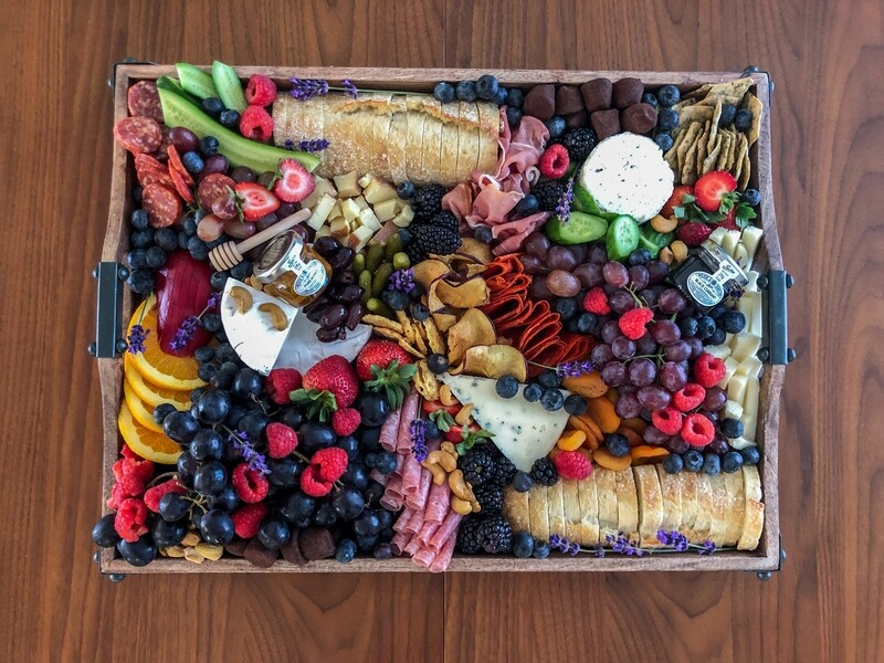 GRAZING TRAY - MEDIUM 20
