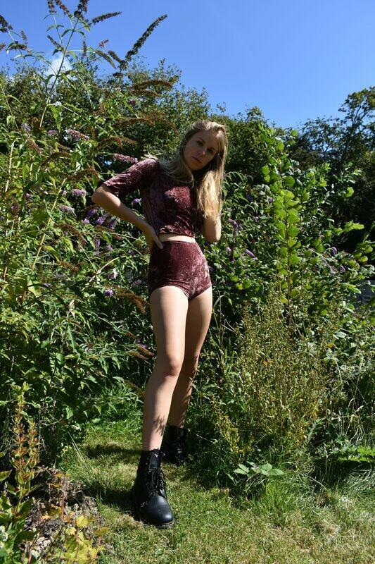 Velvet high waist hot pants