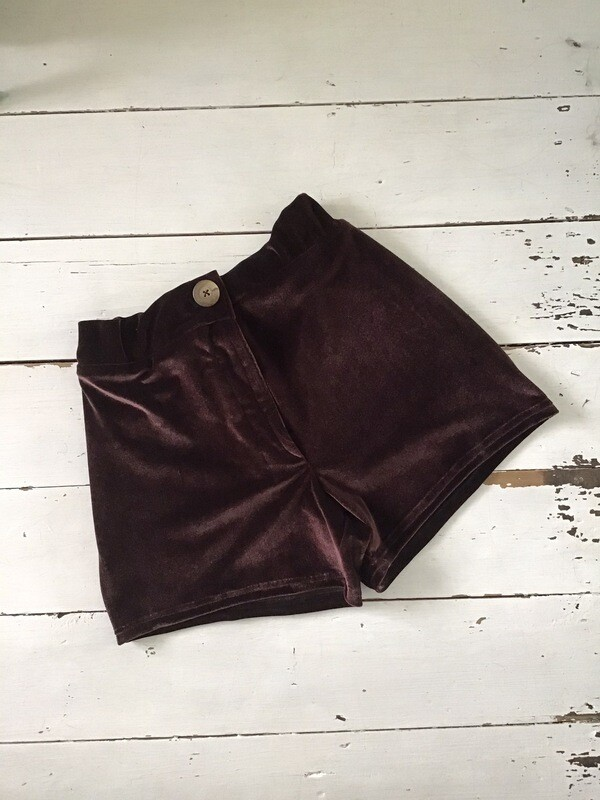 Sample Sale Velvet Shorts With Zipper Fly And Patch Pockets