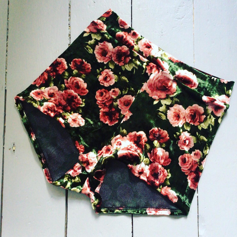 Rose Print Velvet Hot Pants