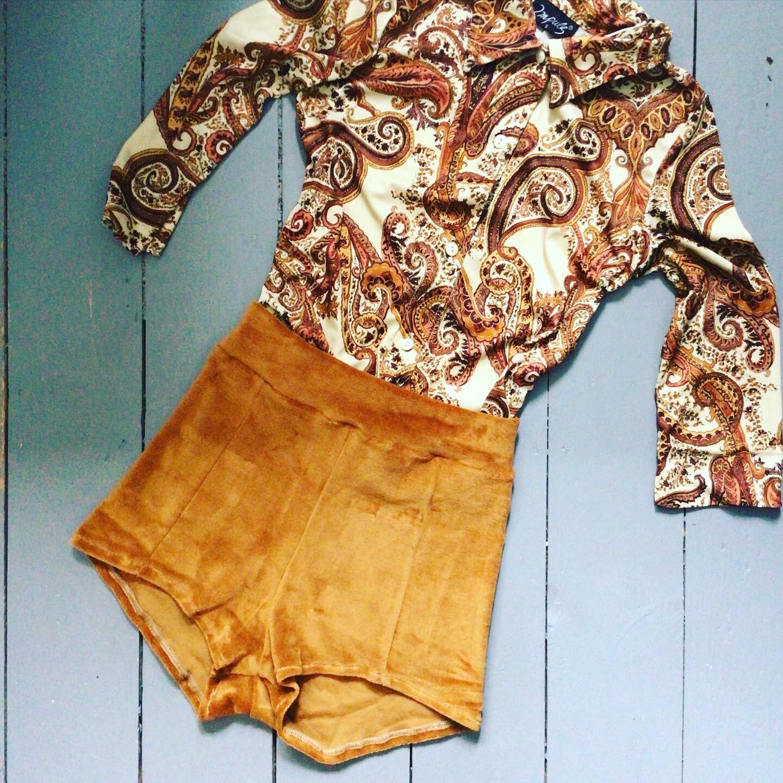 Organic Cotton Velour Pocket Hot Pant Shorts