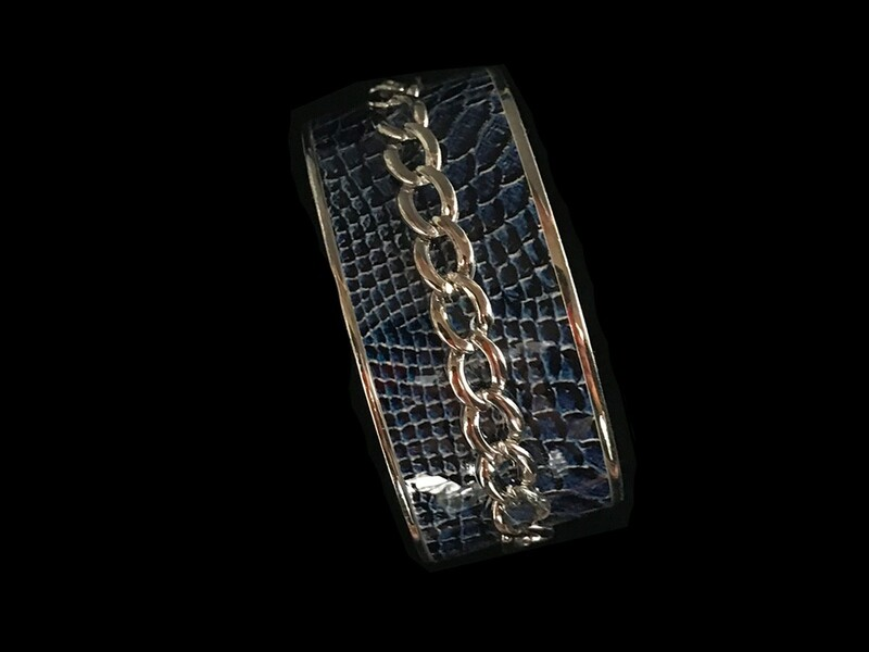 S Wide BL Leather Chain