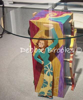 Diva Pedestal Color 2