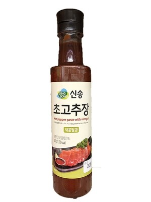 Jayone Sinsong Hot Pepper Paste with Vinegar (1.1 LBS)