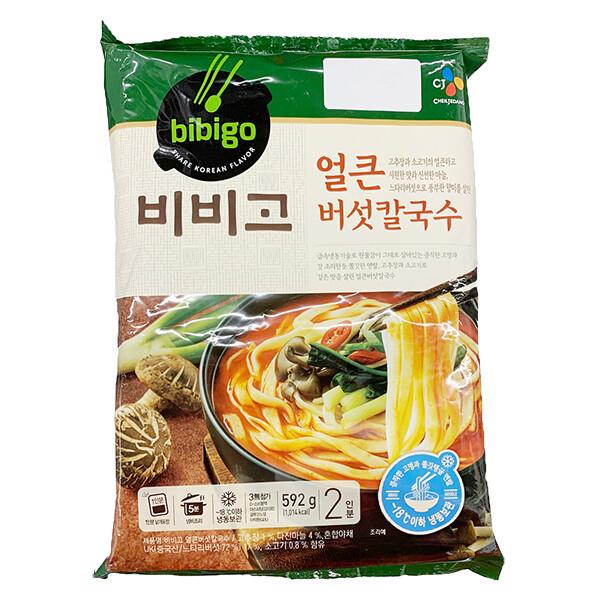 CJ Bibigo Spicy Mushroom Kalguksoo Noodle (20.88 Oz)