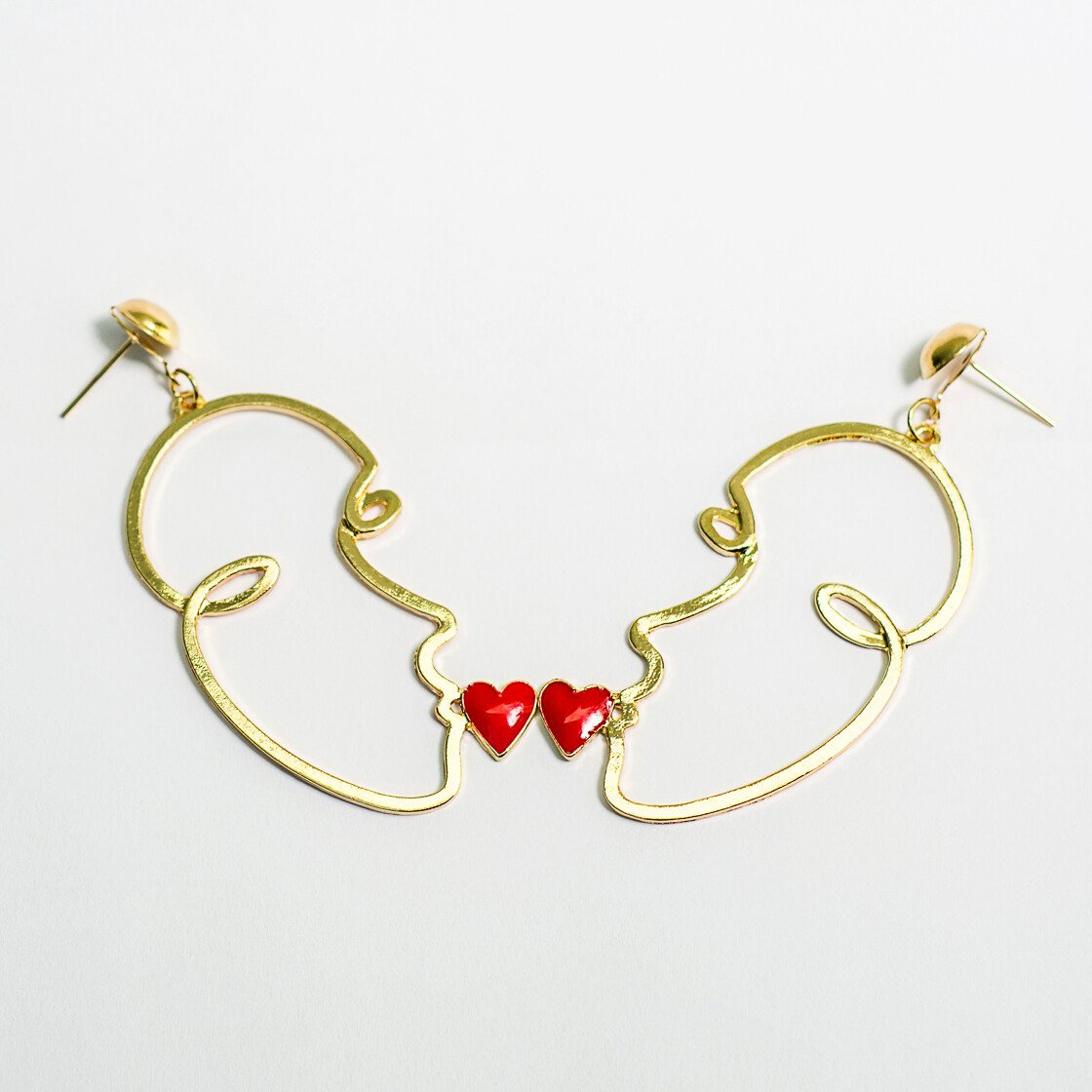 Kiss Face Earrings - BLACKDOLL ACCESSORIES