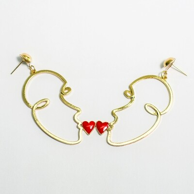 Kiss Face Earrings - BLACKDOLL ACCESSORIES