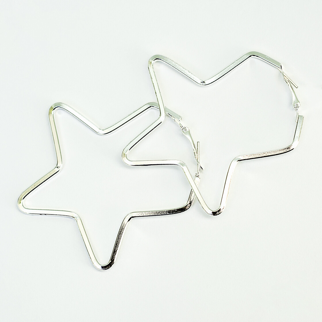 Silver Star Earrings - BLACKDOLL ACCESSORIES