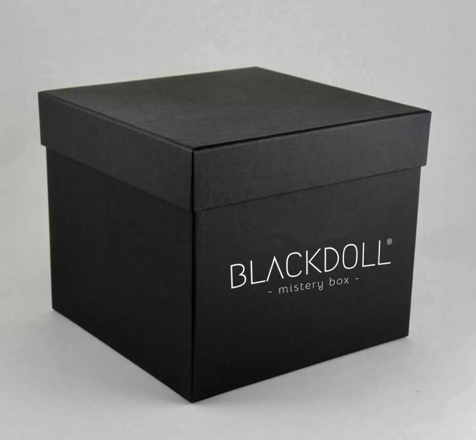 Caja Queen - BLACKDOLL MISTERY BOX