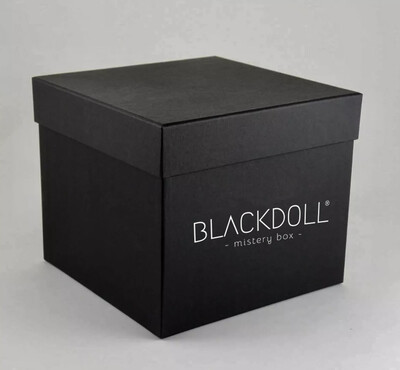 Caja Queen - BLACKDOLL MISTERY BOX