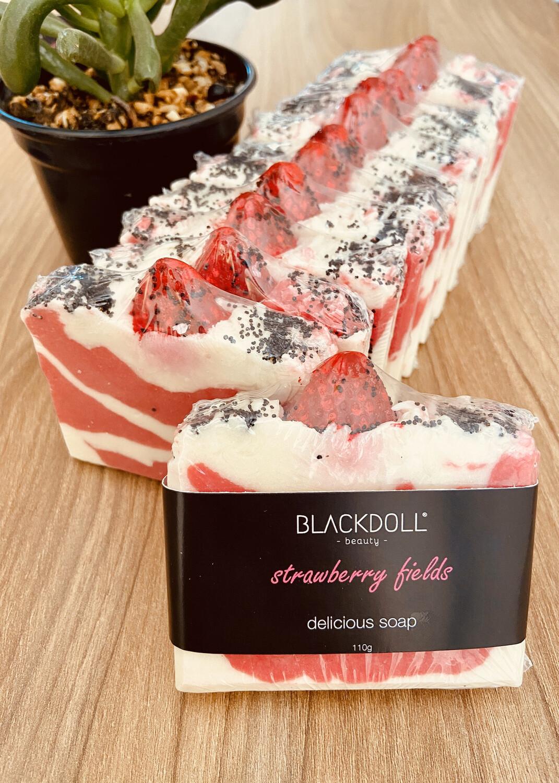 Jabón Delicioso de Fresas con Crema/Delicious Soap Strawberry Fields - BLACKDOLL BEAUTY