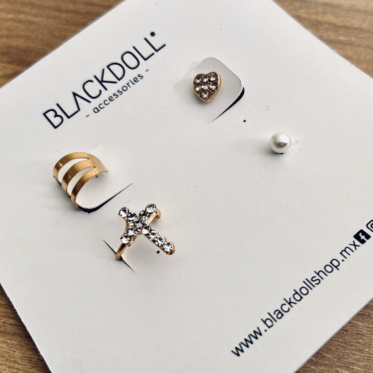 Earcuff Cross - BLACKDOLL ACCESSORIES
