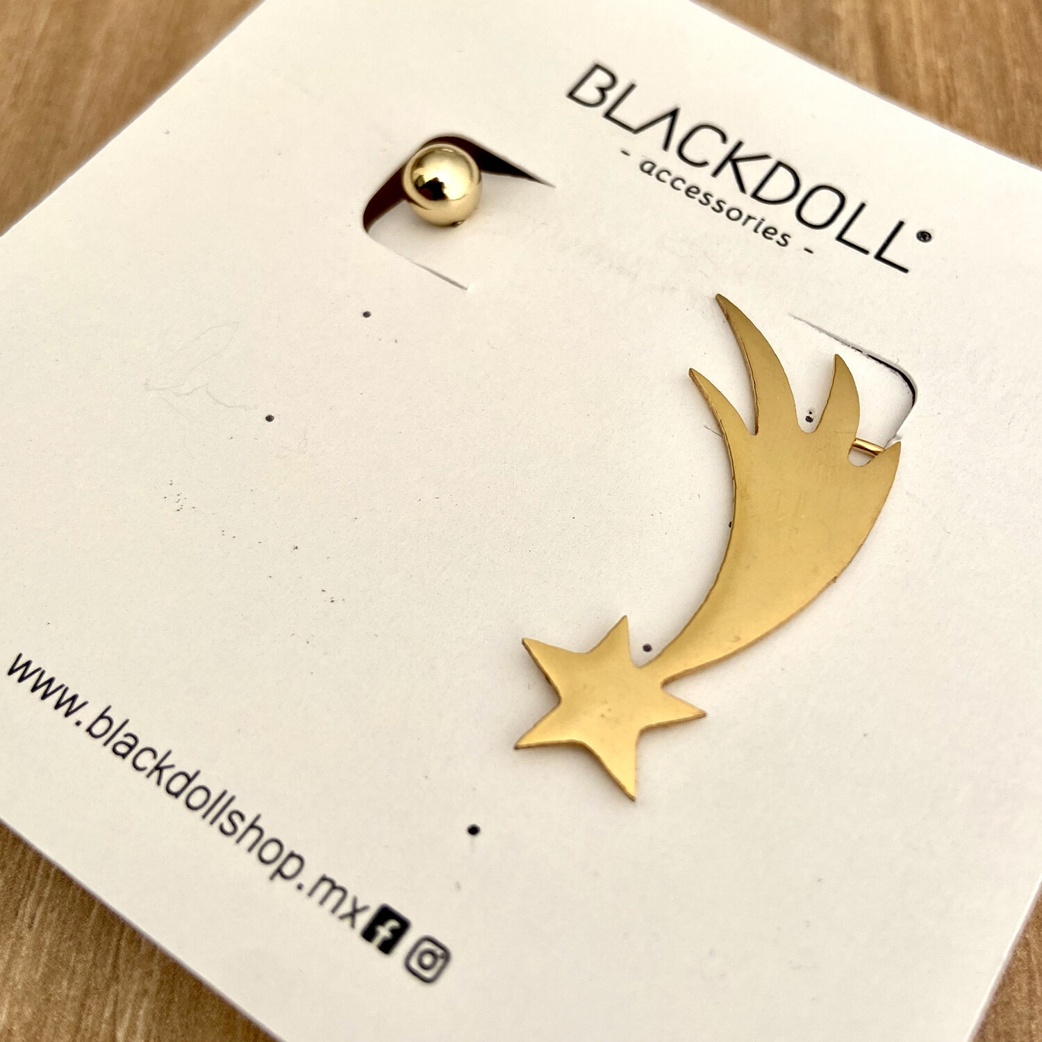 Earcuff Shooting Star - BLACKDOLL ACCESSORIES