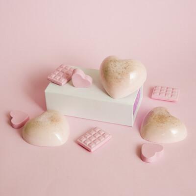 Essential Soap   Jabón Esencial de Arcilla Rosa con Fresa - BLACKDOLL BEAUTY