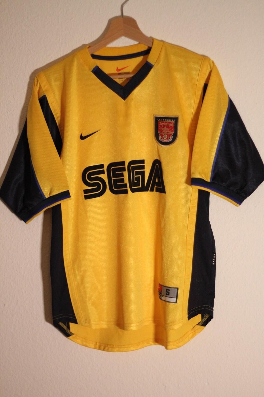 Arsenal 1999/01 Away