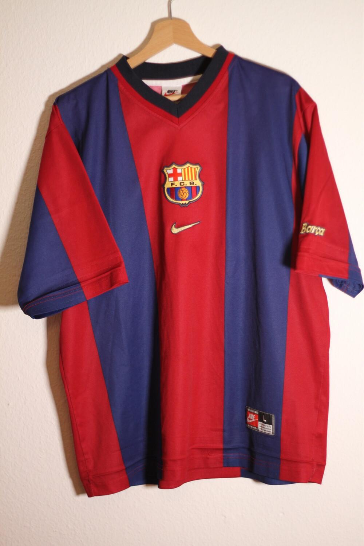 Barcelona 1998/00 Home