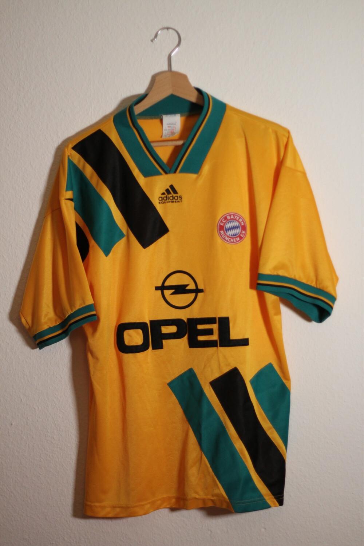 Bayern Munich 1993/95 AWAY