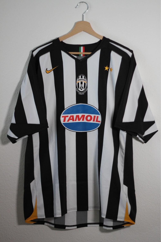 Juventus 2005/06 Home